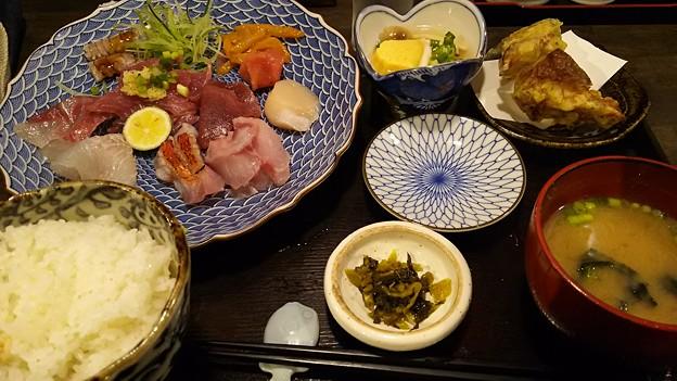 めちゃ2美味しかった昼 #千円 #客先 #ゴヨウマツ #秋葉原 #上野 #和食