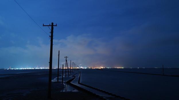 海中電柱 江川海岸