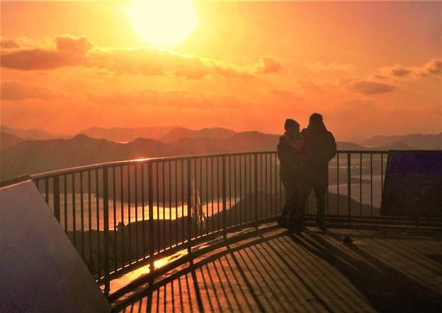 高見山の夕陽@瀬戸内海・燧灘@眼下にしまなみ海道・因島大橋