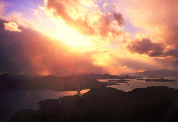 写真: 立春翌日の夕空@しまなみ海道@高見山展望台