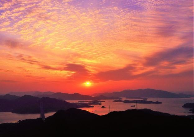 写真: しまなみ海道夕景色@高見山山頂展望台