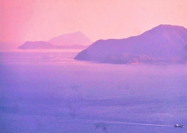 燧(ひうち)灘の夕暮れ@右から弓削島-高井神島-豊島