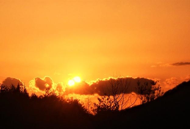 早春の夕陽@平木山(標高330m)