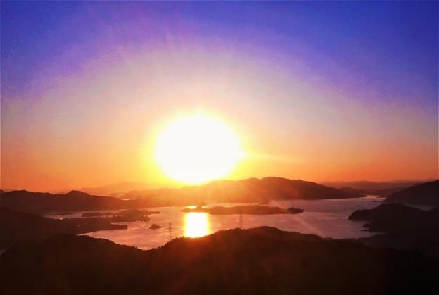火の玉夕陽@しまなみ海道・布刈の瀬戸@向島・高見山展望台