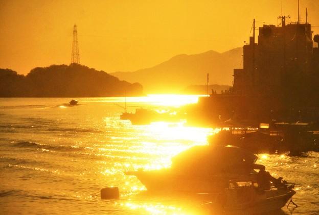 立冬の光る海@瀬戸内海・尾道水道