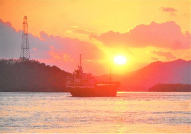 師走の夕陽@瀬戸内海・赤石の鼻付近