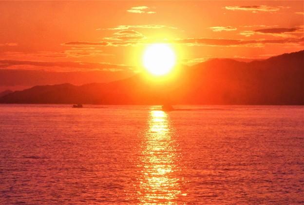 海保(CL71)が駆ける@赤い夕陽の瀬戸の海