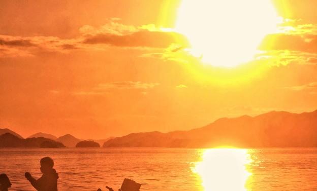 早春の休日の夕陽@瀬戸内海