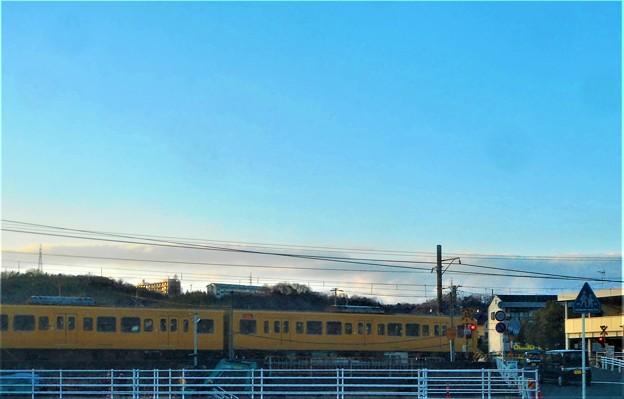黄色いJR山陽が到着