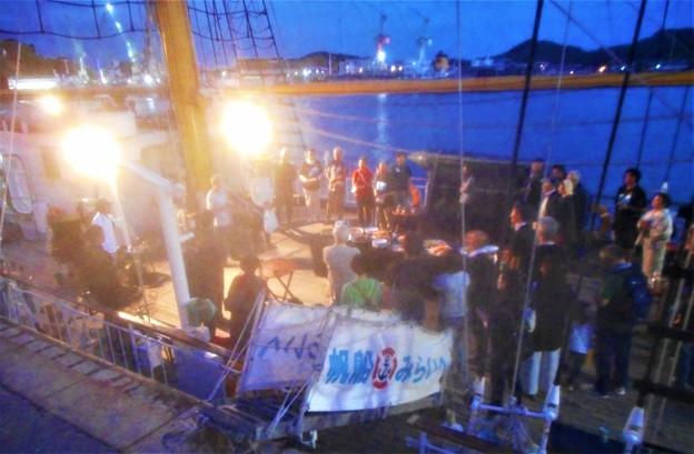 神戸船籍の帆船「みらいへ号」@船上寄港記念パーティー