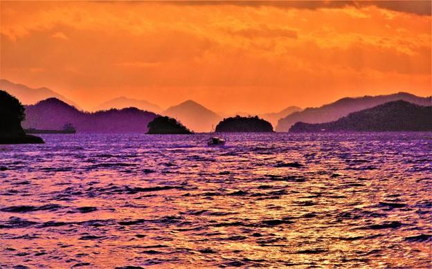 新春の荒れた夕刻の海を駆ける@瀬戸内海