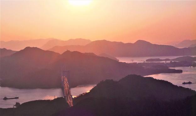 立春の布刈瀬戸の夕景@しまなみ海道因島大橋