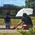 Photos: 涼しいうちに砂場で遊ぶ