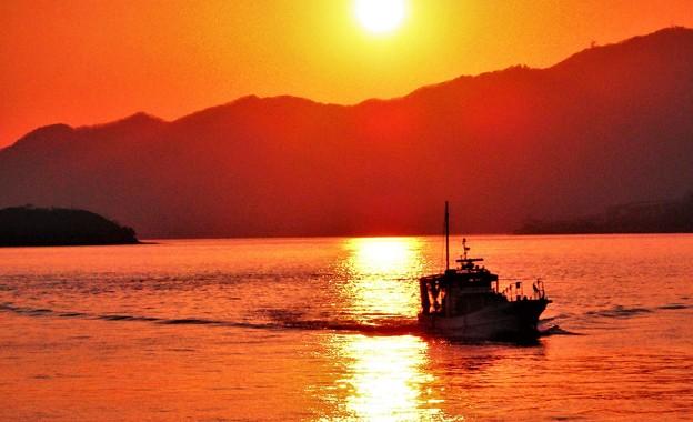 夕暮れの帰港@瀬戸内海・クジラ島沖21.1.31