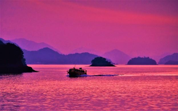 Photos: 夕靄(もや)の瀬戸内海21.2.12