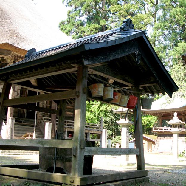 智満寺の防火用バケツ