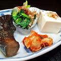 花水木 ( 成増 ) 付け合わせ ( 牛カルビ焼き定食 )       2019/08/16