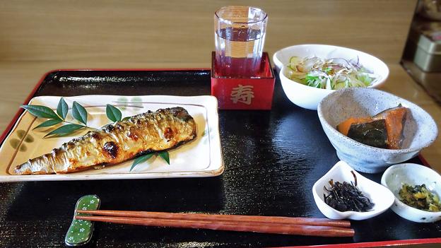 だいこん ( 練馬区旭町 or 成増 ) 焼魚定食 ( サバ )     2019/09/28