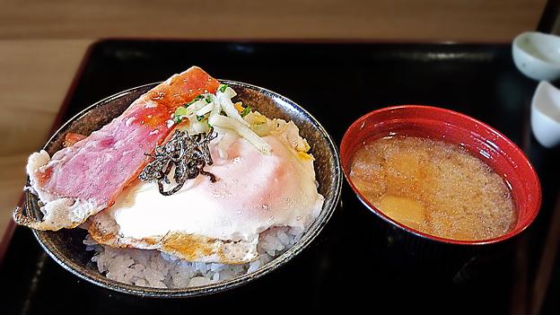 だいこん ( 成増 or 練馬区旭町 ) ベーコンエッグ定食     2019/12/14