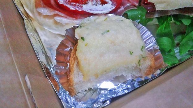 成増 テイクアウト イタリアン unita ウニタ 厚切りベーコンとタマゴ、トマトの自家製チャバタ ( 副菜 ) 2020/05/02