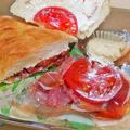 うに太 unita ウニタ ( 成増 = イタリアン ) 厚切りベーコンとタマゴ、トマトの自家製チャバタb ( テイクアウト ) 2020/05/02