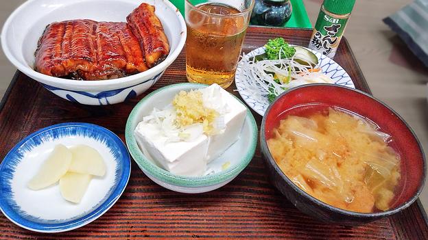 やまだや ( 成増 = やまだ食堂 ) うな丼定食  2020/07/26