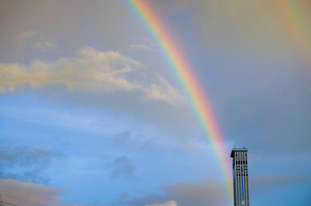 写真: 夜明けの二重虹1