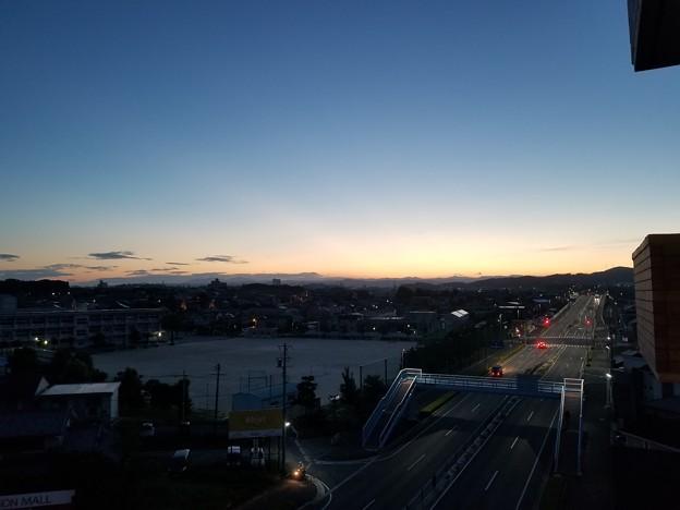 写真: 朝、東の空