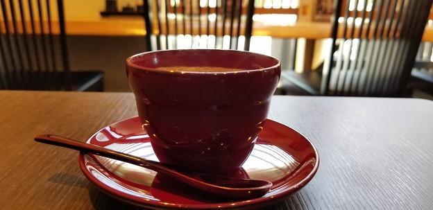 写真: 輪島塗のコーヒー1杯いかがですか