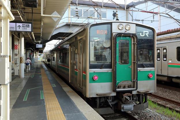 新白河行き701系@福島駅