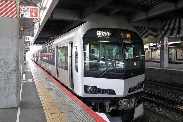 快速マリンライナー(JR四国5000系)