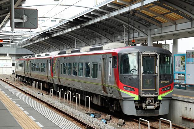 JR四国2700系気動車@高松駅
