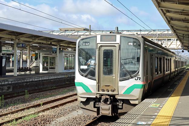 常磐線E721系@岩沼駅