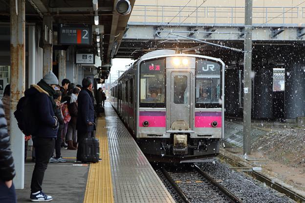 701系弘前行き@新青森駅
