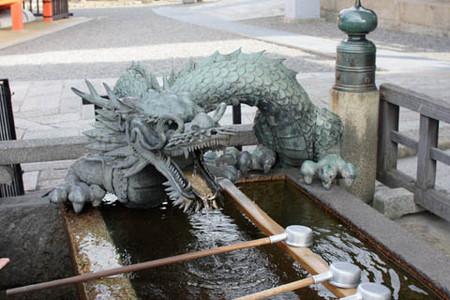清水寺の手水鉢