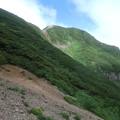 Photos: 右が斜里岳 山頂です