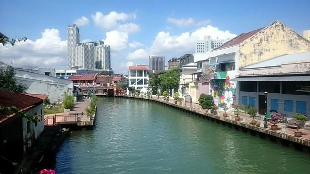 運河が街を流れています