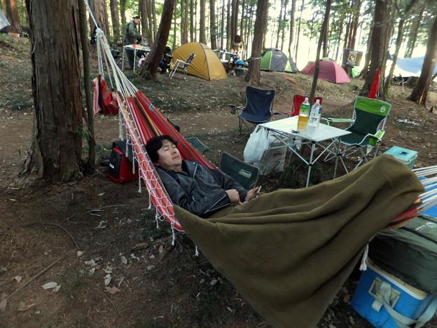 ハンモックでキャンプ