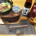 写真: ヒヨドリ鍋と熱燗