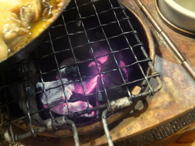 炭は強めに熾す