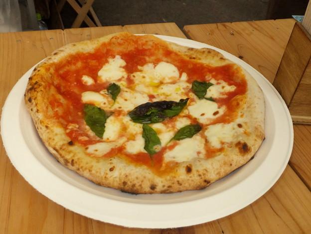 石釜焼きのピザ