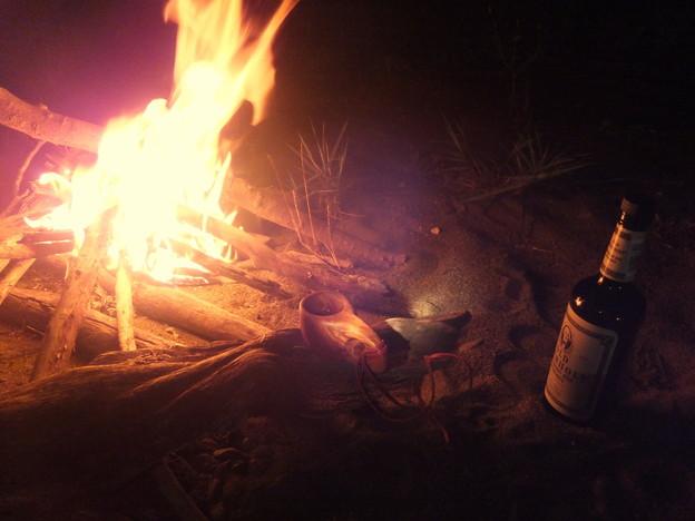 ライウイスキー焚き火01