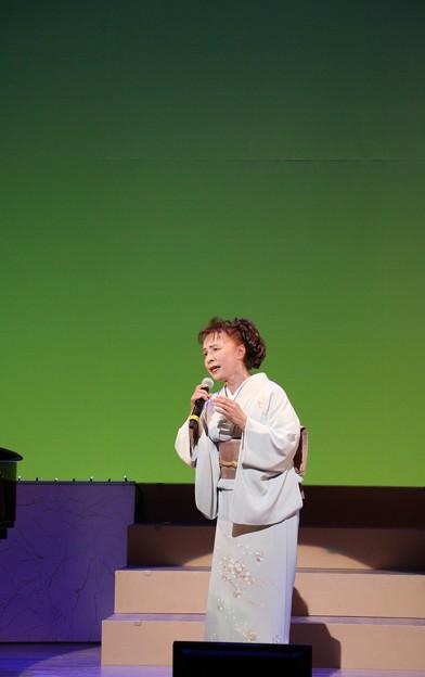 竜一樹夢コンサートゲスト島育子青葉の笛を歌う