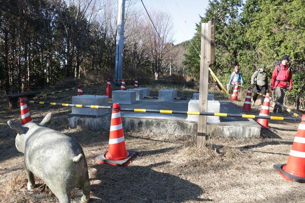 富幕山猪の平展望台改修工事現場