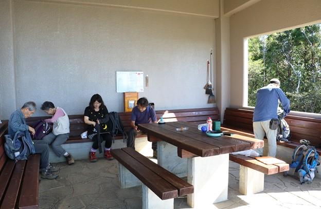 富幕山山頂休憩舎10月5日(土)