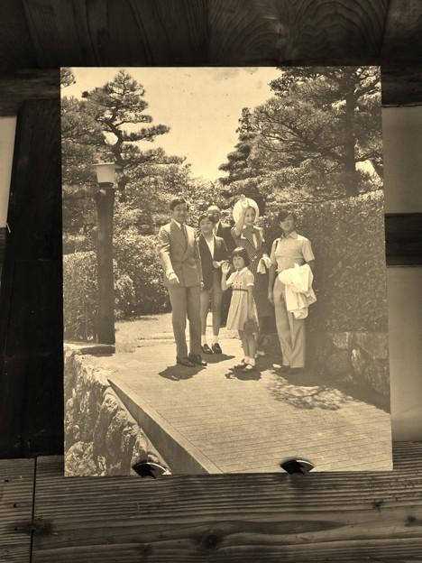 昭和当時皇太子だった頃現上皇天皇が浜名湖ご一家来賓の時の庭士(A)さんと一緒に長楽寺に・・