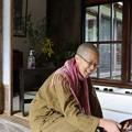 長年無人で荒れ果てた寺、長楽寺のご住職、東京から移り住んでこられたというご住職さま、吉田真譽( しんよ)さん