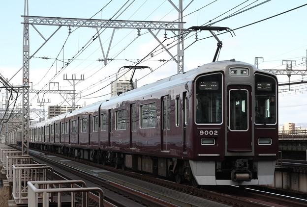 9002×8R