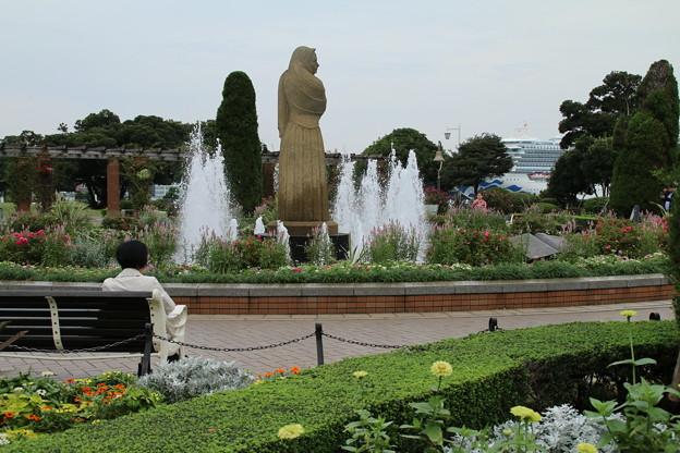 水の守護神_横浜 D8680