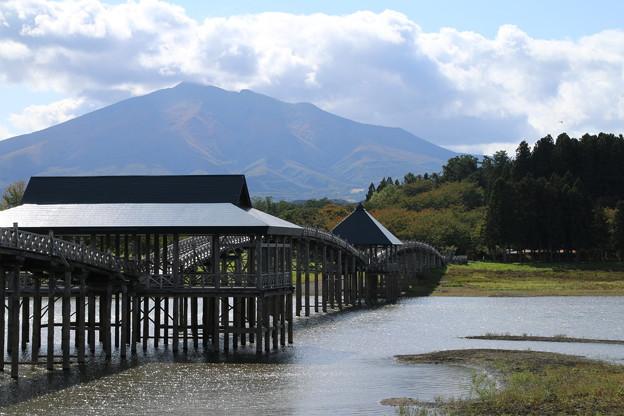 鶴の舞橋と_青森 D3553